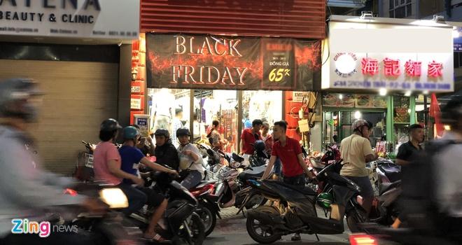 khuyen mai Black Friday anh 1