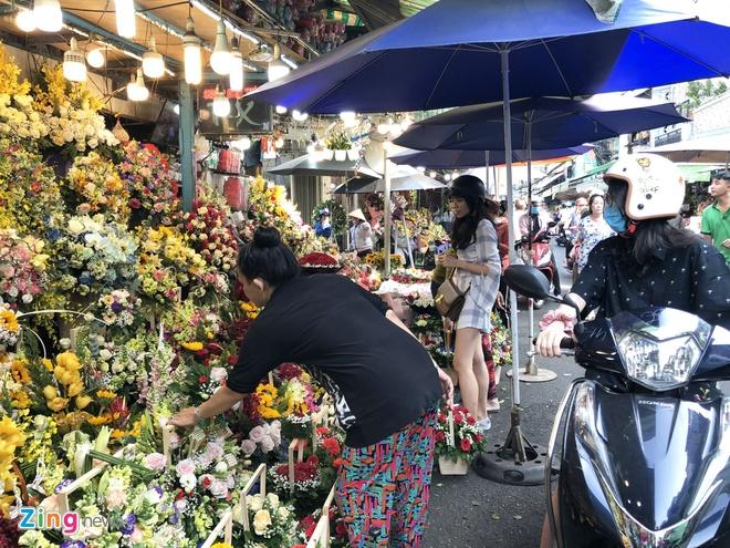 Hoa noi, hoa nhap e am dip 8/3 hinh anh 1 hoa8.3_zing.jpg