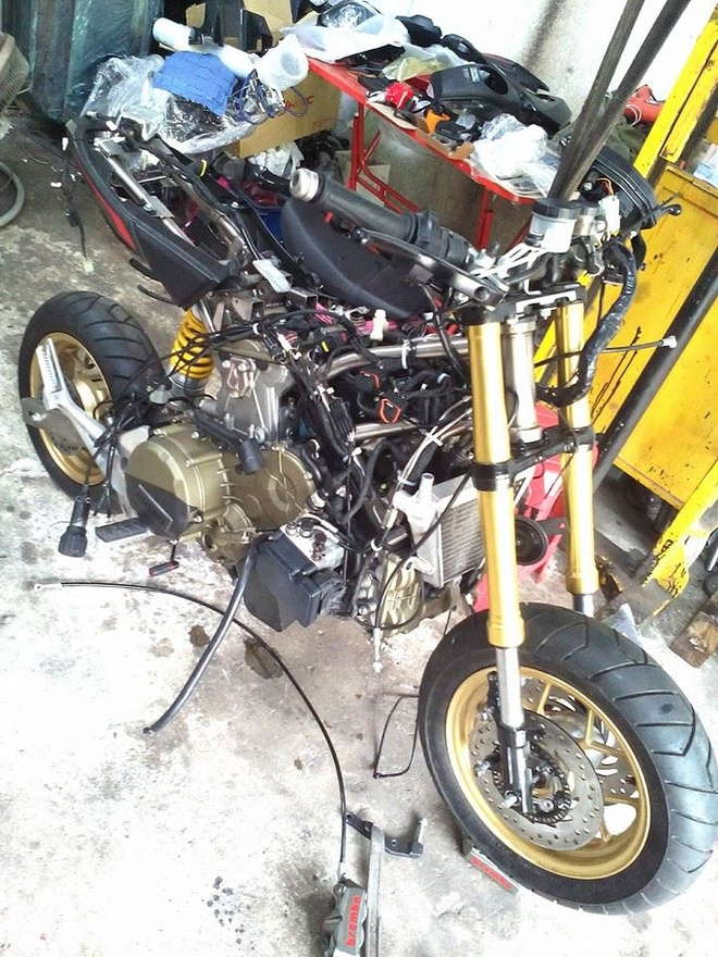 Honda MSX 125 dung dong co Ducati 1199 Panigale hinh anh 5