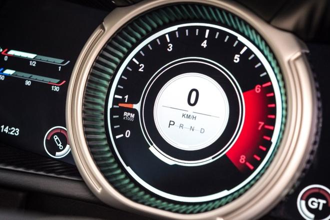 Aston Martin DB11 manh 600 ma luc trinh lang hinh anh 11
