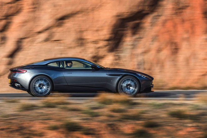 Aston Martin DB11 manh 600 ma luc trinh lang hinh anh 2