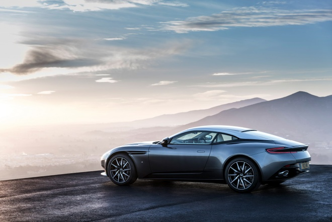 Aston Martin DB11 manh 600 ma luc trinh lang hinh anh 3