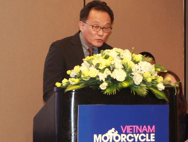 Yamaha mang sieu moto M1 ve VN trong thang 4 hinh anh 2