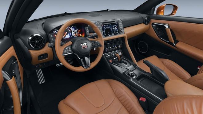 10 dieu can biet ve sieu xe Nissan GT-R moi hinh anh 4
