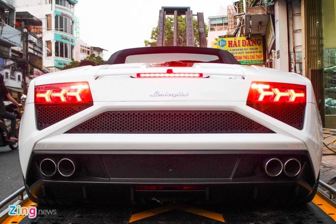 Lamborghini Gallardo mui tran dau tien tai Viet Nam hinh anh 3