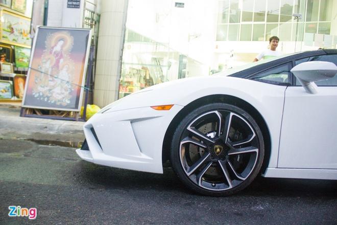 Lamborghini Gallardo mui tran dau tien tai Viet Nam hinh anh 6