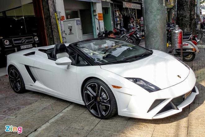 Lamborghini Gallardo mui tran dau tien tai Viet Nam hinh anh 2