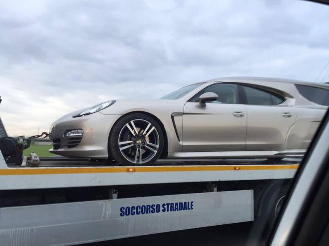 Porsche Panamera hang thua lam xe tang hinh anh 2
