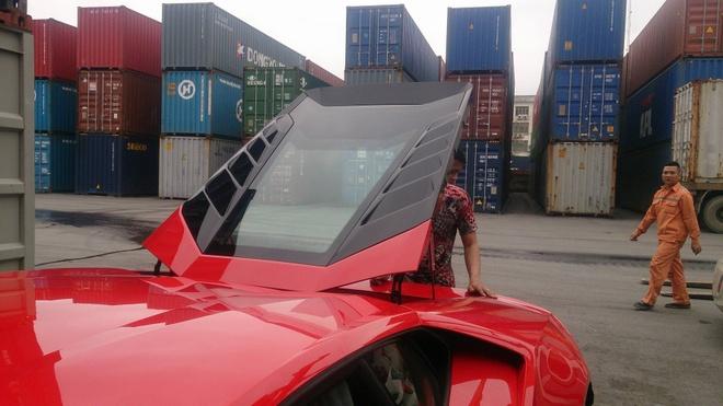 Chi tiet Lamborghini Huracan chinh hang thu 3 tai VN hinh anh 6
