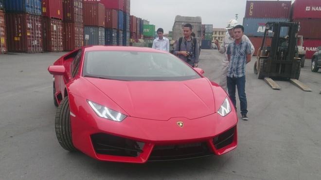 Chi tiet Lamborghini Huracan chinh hang thu 3 tai VN hinh anh 9