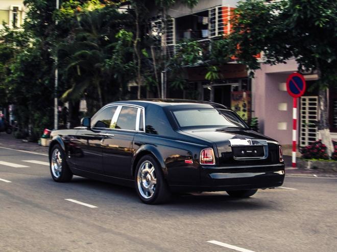 Rolls-Royce ban o cho xe cu ve tay dai gia Lao Cai hinh anh 3
