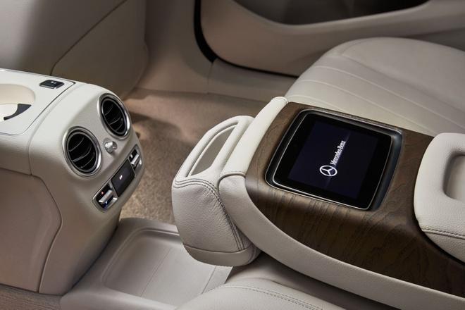 Mercedees Benz E Class truc co so dai anh 11