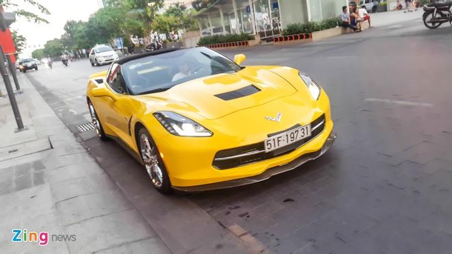 Hang hiem Corvette C7 Stingray dau tien ra bien trang hinh anh