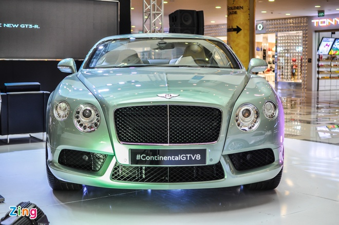Bentley chinh hang vao Sai Gon tim khach hinh anh
