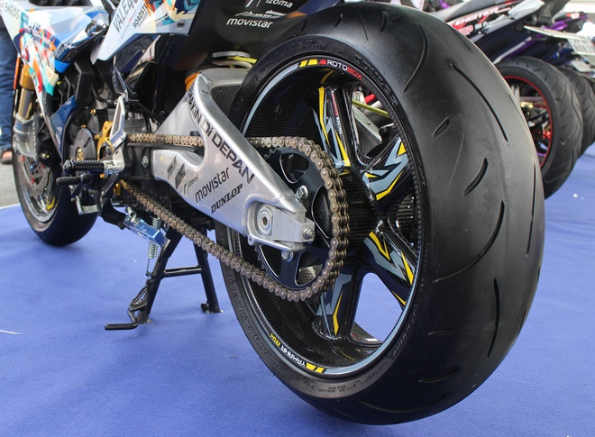 Exciter phong cach Valentino Rossi vo dich cuoc thi xe do hinh anh 8