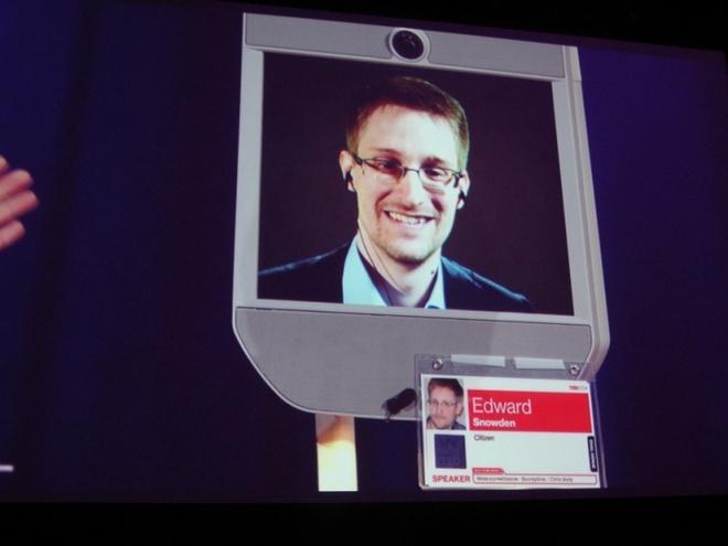 Edward Snowden: Tu ke dao tau thanh thuong hieu dinh dam hinh anh 1