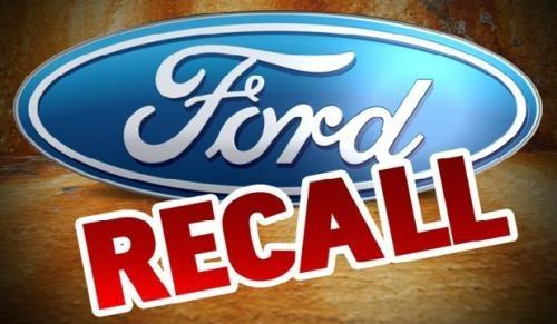 Ford trieu hoi gan 830.000 xe do loi chot cua hinh anh