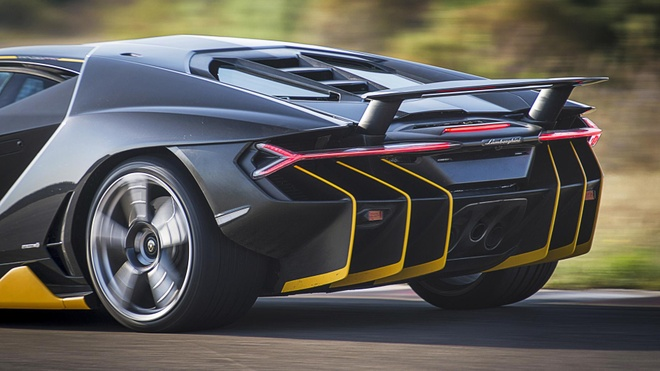 Can canh sieu xe Lamborghini Centenario 760 ma luc hinh anh 2