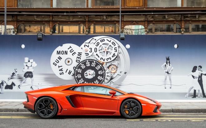 Lamborghini Aventador do tai Ferrari F12 Berlinetta (phan 1) hinh anh 1