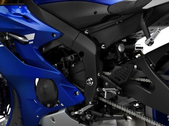 Yamaha R6 ra mat anh 11