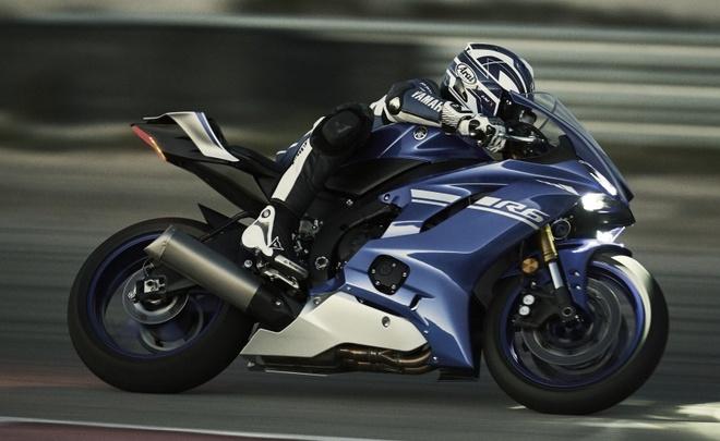 Yamaha R6 ra mat anh 14