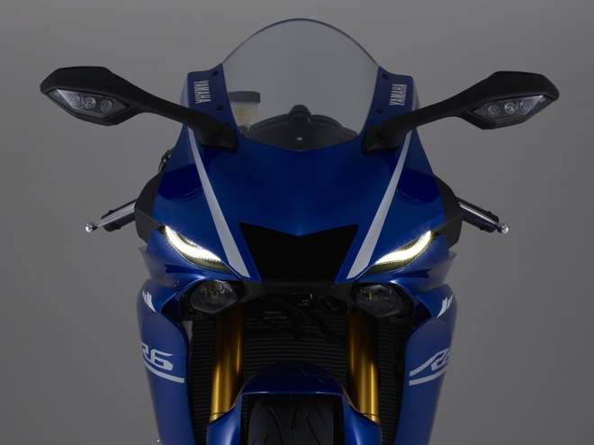 Yamaha R6 ra mat anh 3
