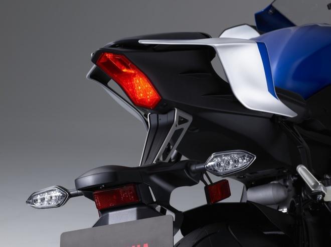 Yamaha R6 ra mat anh 4