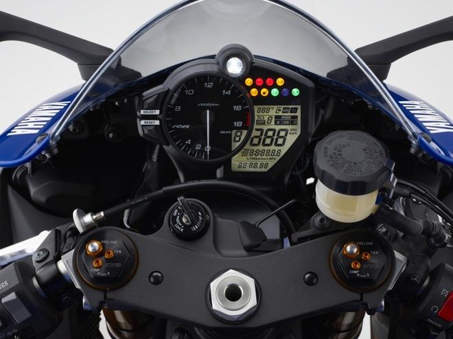 Yamaha R6 ra mat anh 6