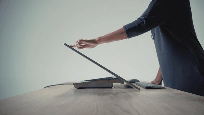 Bi an dang sau thiet ke Surface Studio dinh dam hinh anh 6