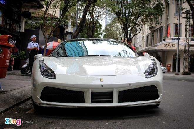 Ferrari 488 GTB cua Cuong Do La len doi mam Vossen hinh anh 4