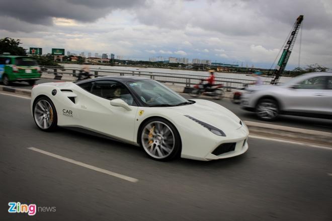 Ferrari 488 GTB cua Cuong Do La len doi mam Vossen hinh anh 7