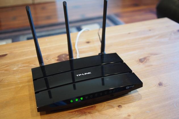 Bi kip giup Wi-Fi tai nha manh hon hinh anh