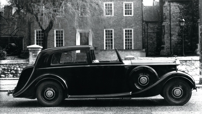 7 the he xe Rolls-Royce anh 3
