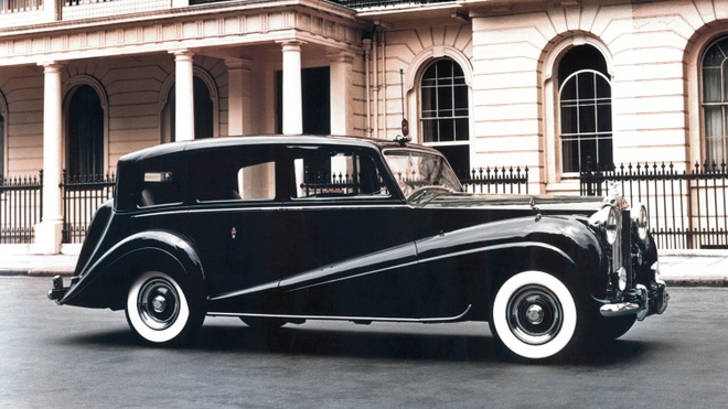 7 the he xe Rolls-Royce anh 4