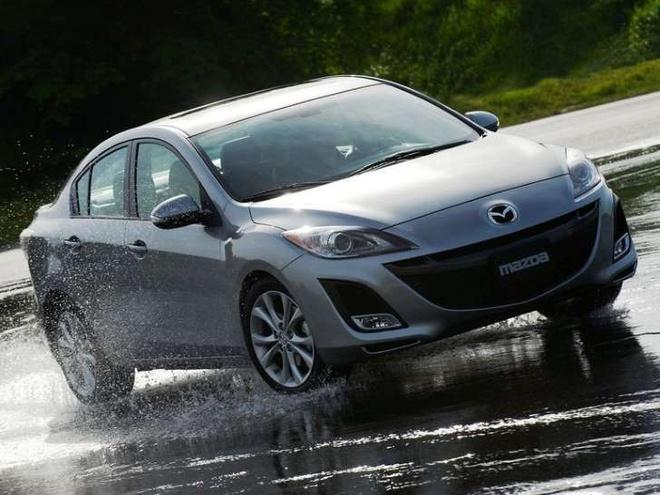 Mazda trieu hoi 174.000 xe do loi ghe lai hinh anh 1