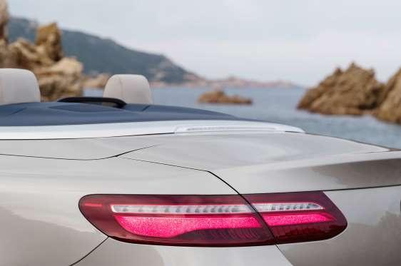 Nhung hinh anh dau tien cua Mercedes-Benz E-Class Cabriolet 2018 hinh anh 7