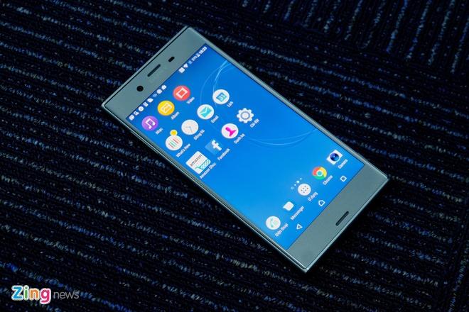 Danh gia Sony Xperia XZs: Ben bi, dang tin, dam chat Sony hinh anh 4
