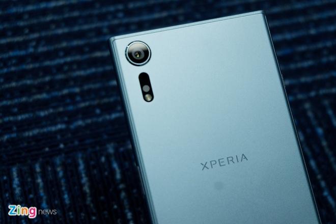 Danh gia Sony Xperia XZs: Ben bi, dang tin, dam chat Sony hinh anh 1