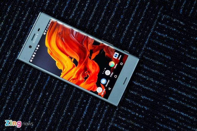 Danh gia Sony Xperia XZs: Ben bi, dang tin, dam chat Sony hinh anh 3