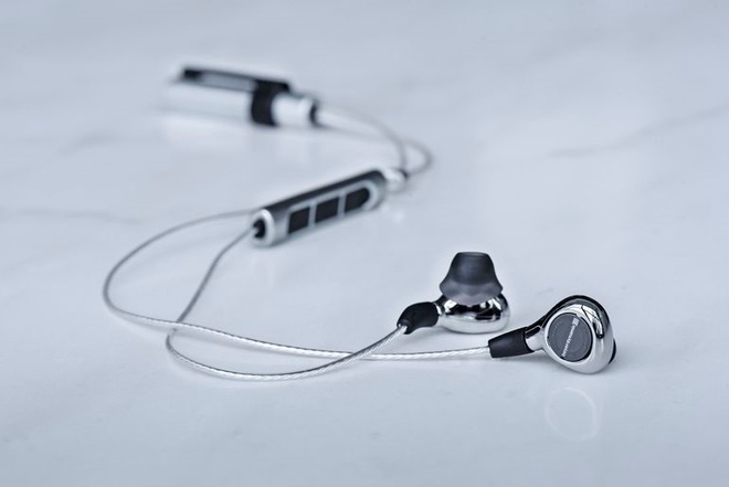 Tai nghe In-ear Bluetooth dat nhat the gioi hinh anh 1