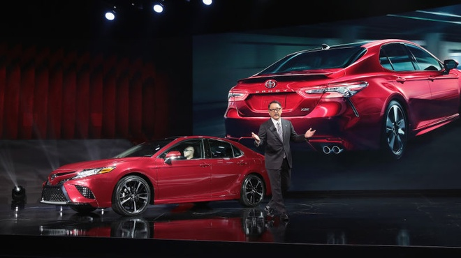 Toyota: 'Dung coi xe cua chung toi nham chan nua' hinh anh 1