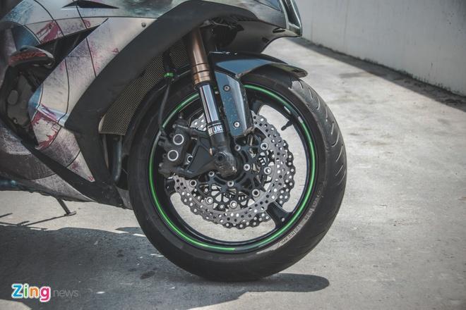 Sieu moto Kawasaki phong cach Captain America o VN hinh anh 3