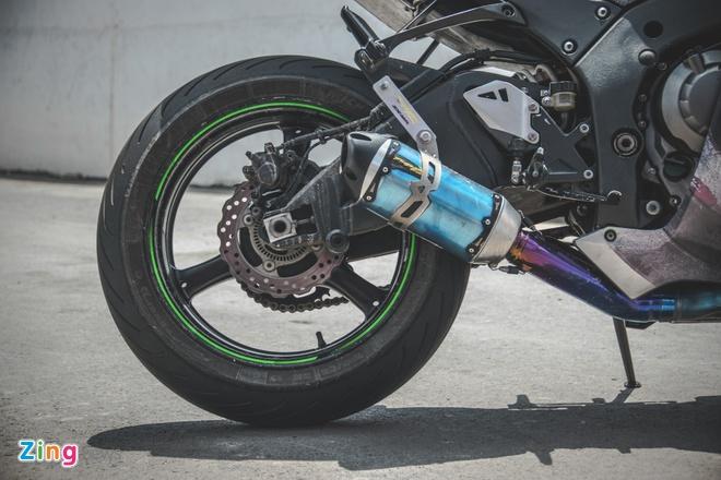 Sieu moto Kawasaki phong cach Captain America o VN hinh anh 4
