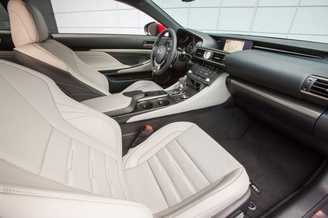 Lexus RC 2018 nang cap dong co, tang them 5 ma luc hinh anh 2