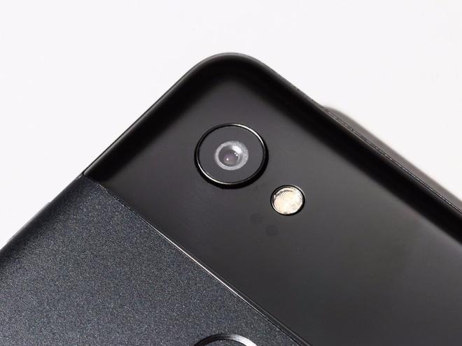 Nhung smartphone dinh dam ra mat nam 2018 hinh anh 10