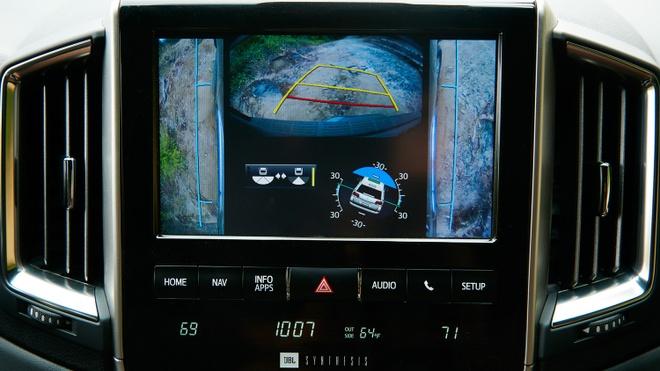 Thu nghiem va danh gia Toyota Land Cruiser 2018 hinh anh 6