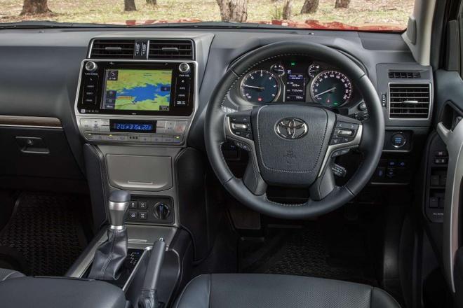 Toyota Land Cruiser Prado 2018 - gia giam, them nhieu cai tien hinh anh 5