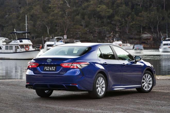 Toyota Camry 2018 ra mat tai Australia: Thiet ke manh me hon hinh anh 5