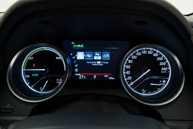 Toyota Camry 2018 ra mat tai Australia: Thiet ke manh me hon hinh anh 9