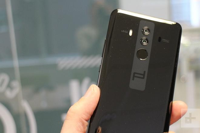 Huawei Mate 10 Pro sieu sang dat gap nhieu lan iPhone X hinh anh 1